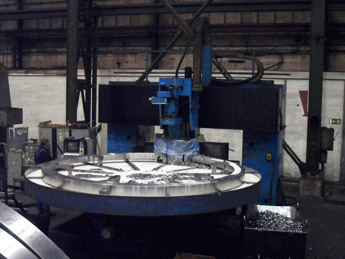 CNC flange drilling machine